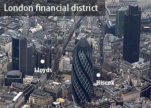 Sicht auf das financial district in London im Landeanflug