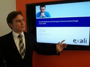 exali-Account Manager Philipp Locher bei seinem Vortrag über die Haftungsrisiken von Datenschutzbeauftragten.