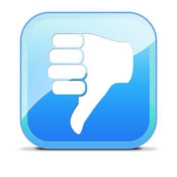 Thumbs down: Facebook bringt mit seinen Embedded Posts mehr rechtliche Stolperfallen mit sich, als den Nutzern bewusst (und lieb) sein dürfte…