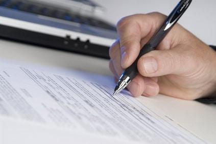 Praxistipps zur Vertragsgestaltung: Auf welche Regelungen Freelancer beim Webdesign-Vertrag achten sollten. Egal, ob Auftraggeber oder Dienstleister.