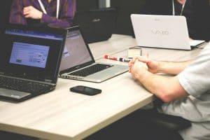 Wichtige Aspekte der Domainwahl: Namensrecht, Wettbewerbsrecht, Markenrecht