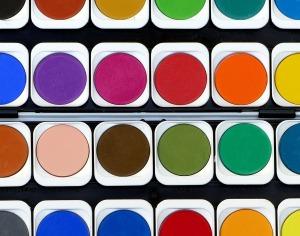 Dein Logo ist rot, gelb oder blau? Aufgepasst, du könntest den Big-Playern in die Quere kommen! Im zweiten Teil unseres Marken-Meckerei-Specials: Farbmarken!