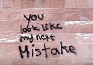 Wer gründet macht Fehler! Wie dennoch die größten persönlichen und rechtlichen Fehlerquellen beseitigt werden können, erfahrt Ihr auf meinem Blog.