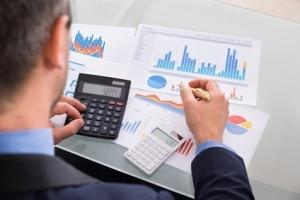 Dein Traum vom selbständigen Consultant droht zu platzen? Unsere Gastautorin wirft einen Blick auf den Consultingmarkt und neue Akquise-Methoden.