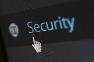Tatwaffe Malware? Schnell seid auch ihr Opfer im Cyberkrieg! Symantec zeigt im Internet Security Threat Report, wo ihr Cyber-Kriminellen zuvorkommen müsst.