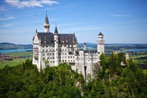 Schloss Neuschwanstein – Deutschlands Touristenmagnet!