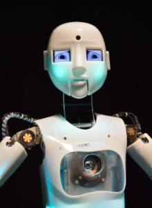 Roboter auf dem Vormarsch! Bleibt die IT-Sicherheit auf der Strecke?