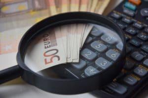 Freiberufler vs. Festangestellter: Welcher ITler verdient mehr?