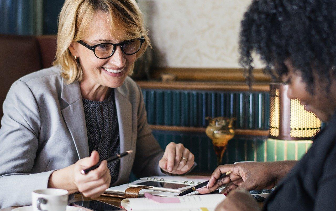 Mit diesen vier Tipps geht beim Jahresgespräch mit den Mitarbeitern garantiert nichts schief…