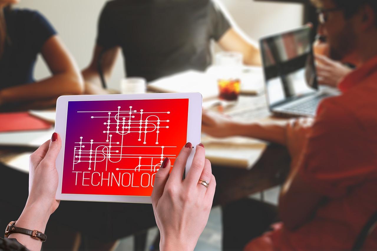 Euer Unternehmen soll digitaler werden! Hier erfahrt ihr, wie ihr das anstellt…